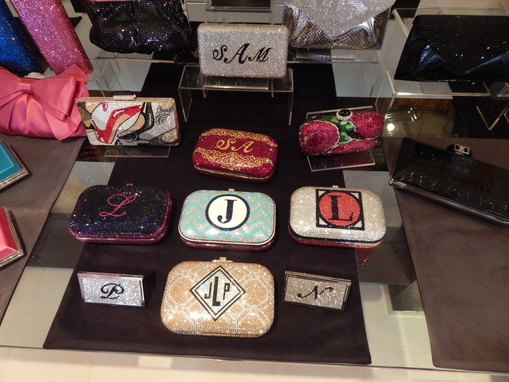 Judith Leiber Couture clutches you can customise!