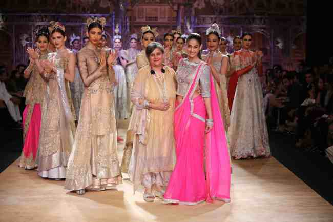 Sulakshana with Ileana D'Cruz at India Couture Week 2014