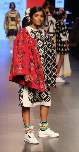 Norblack Norwhite at LFW SR 2016 (4)