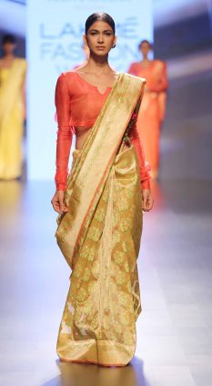 Swati & Sunaina at LFW SR 2016 (6)