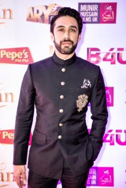 actor-ali-rehman-khan-in-janaan