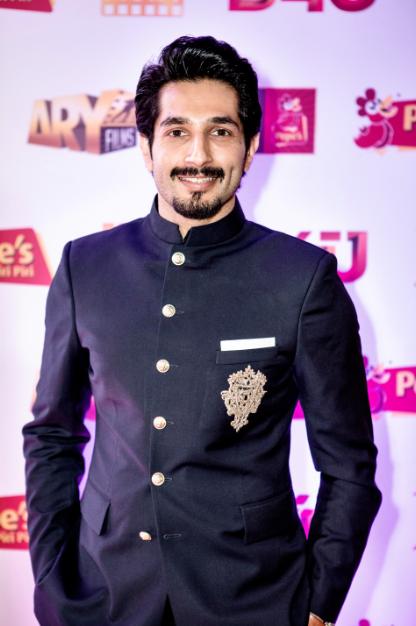 actor-bilal-ashraf-in-janaan