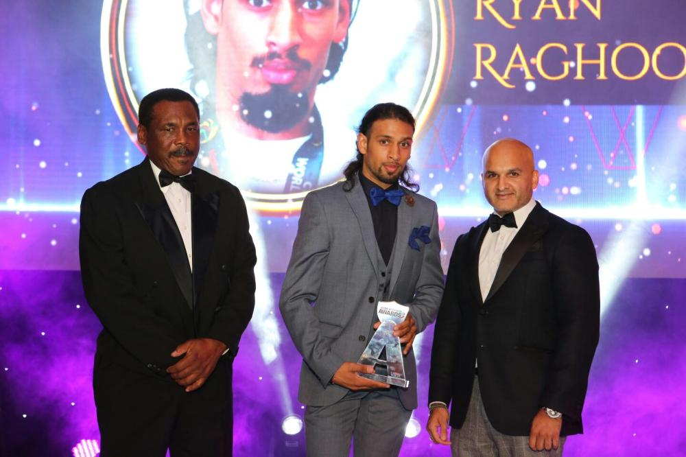 gordon-greenidge-former-west-indian-cricketer-ryan-raghoo-winner-of-sports-personality-of-the-year-paresh-davda-ceo-rational-fx