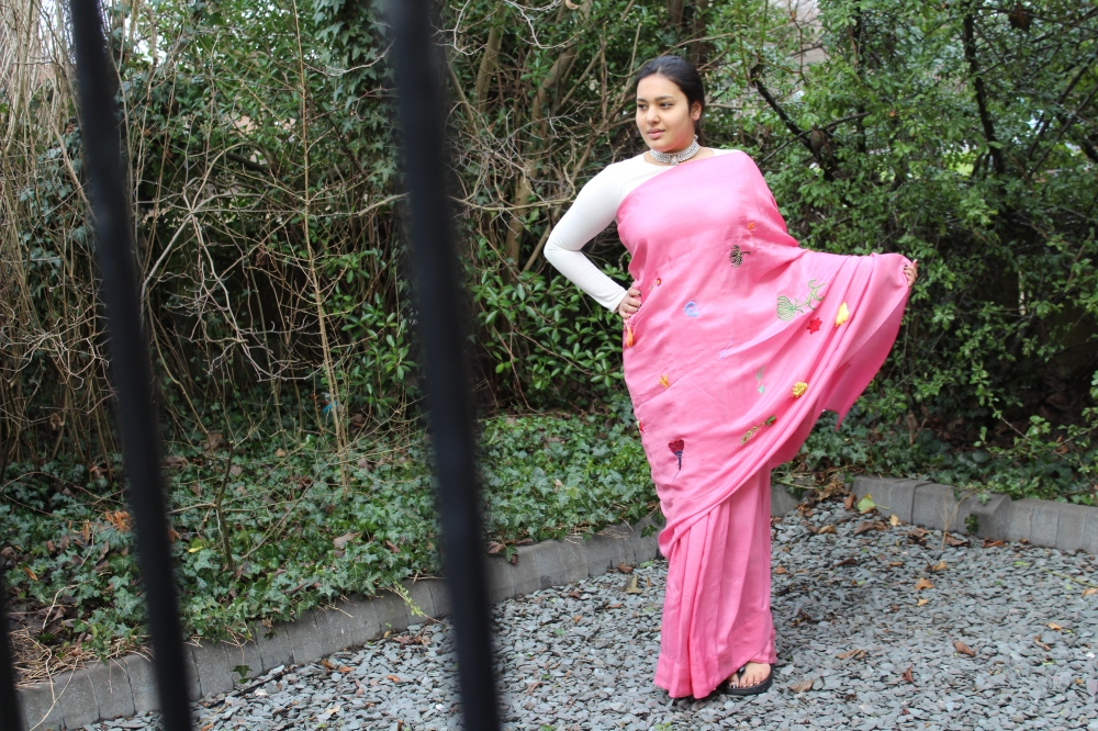 London Ki Ladki (UK Indian Fashion Blogger) in Ka-Sha Sari from S9 Muses