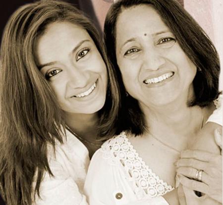Nimisha and Manda Brahmbhatt