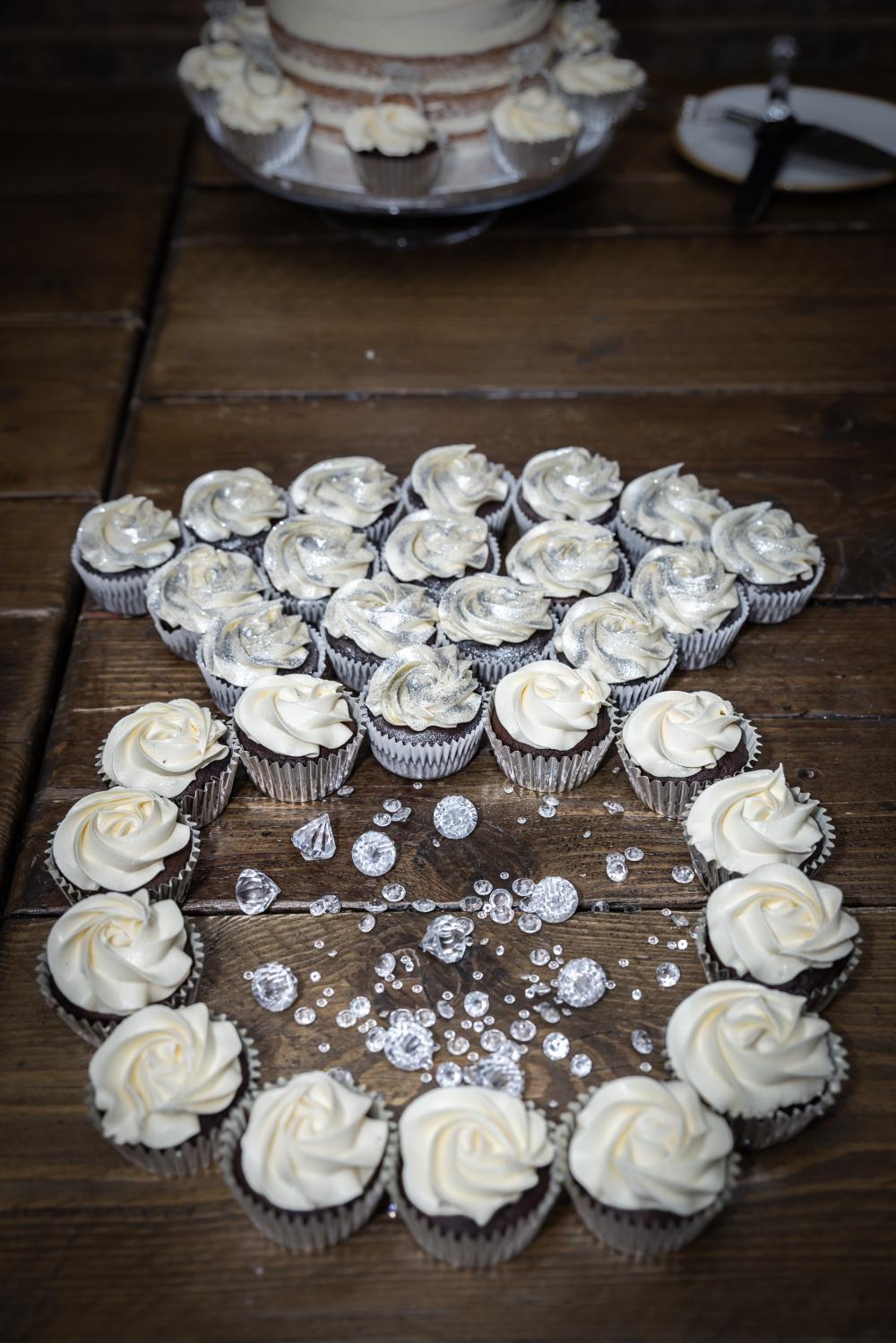 London Ki Ladki Indian Engagement Party | Engagement Cake Cupcake Ideas