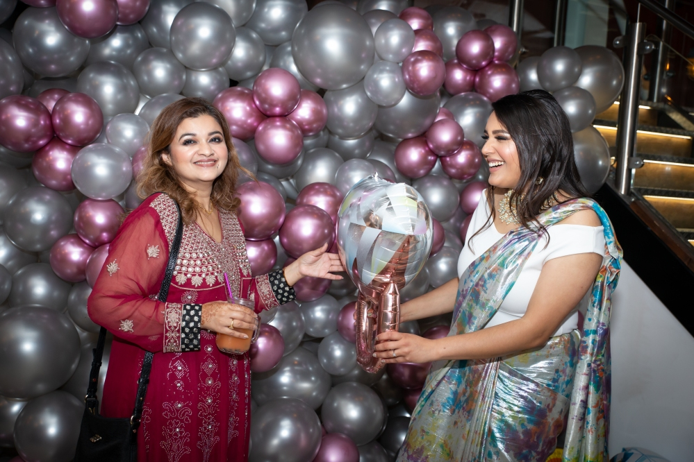 Sama Bankside | London Ki Ladki Indian Engagement Party | Engagement Party Ideas | Huma Tahir Makeup